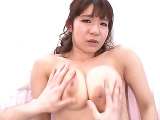 Japanese hottie gets a conscientious close nearly