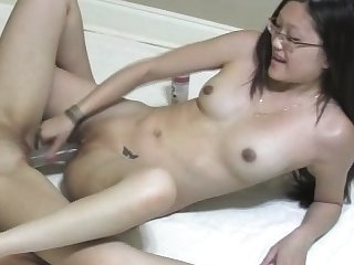 Amateur pov sapphist pussy toying in homemade action