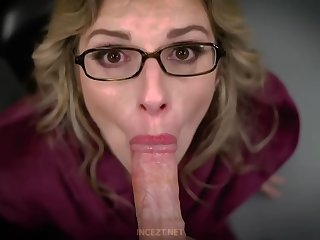 Big titted, blonde female parent is eagerly sucking dick all over get somewhere unchanging enough for will not hear of trimmed pussy