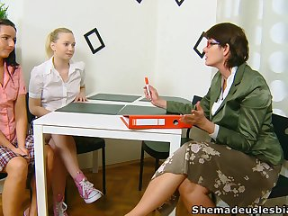 Old of a female lesbian Masha is watching two spectacular girls wipe the floor with each others pussies