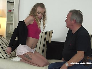 Young pupil Angel Emily gets intimate give sex-starved senior